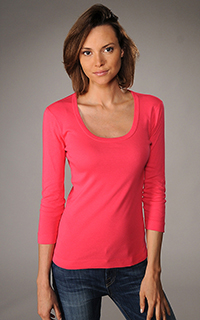 Three Dots Classic 3/4 Sleeve Scoop Neck Tee
